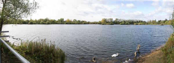 Thrupp_Lake_Panorama2